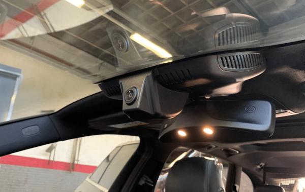 Mercedes Benz Dashcam 1